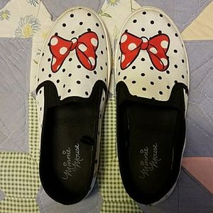 Disney Minnie Mouse slip on sneakers